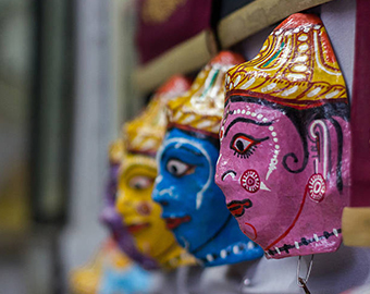 Handicrafts, Artifacts & Gift items